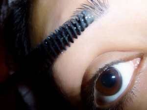 clear wand to comb through lashes