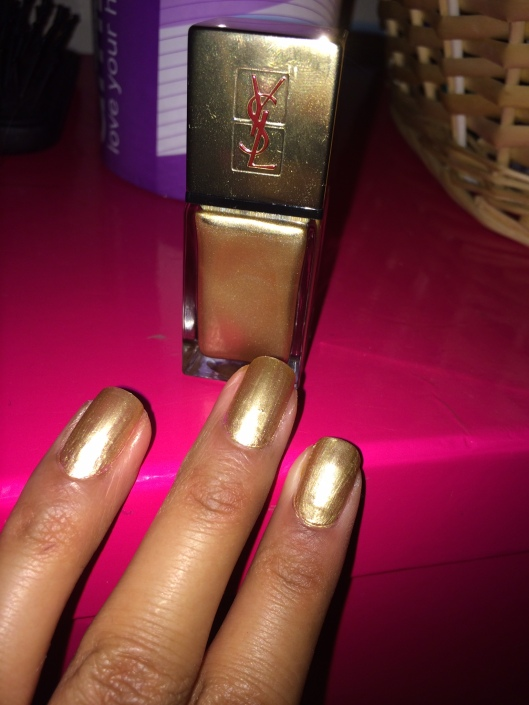 YSL 29 Dore Orfevre gold nails
